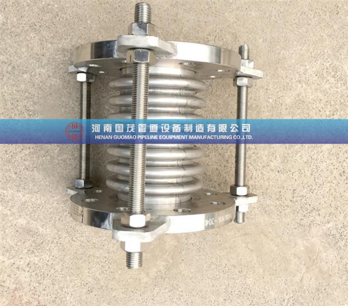 供水设备波纹补偿器的型号与连接方式一定不能出差错