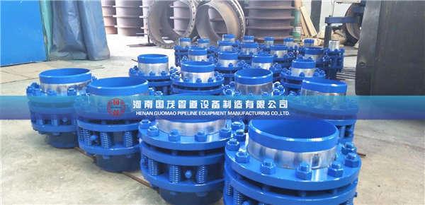 架空管道旋转补偿器在管道中工作时的应用状态