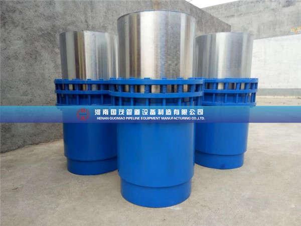 烟台水利套筒补偿器采用石墨环做密封材料