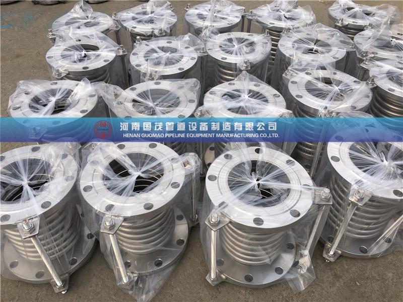 新疆金属补偿器在水泥厂中的选型有何特点?